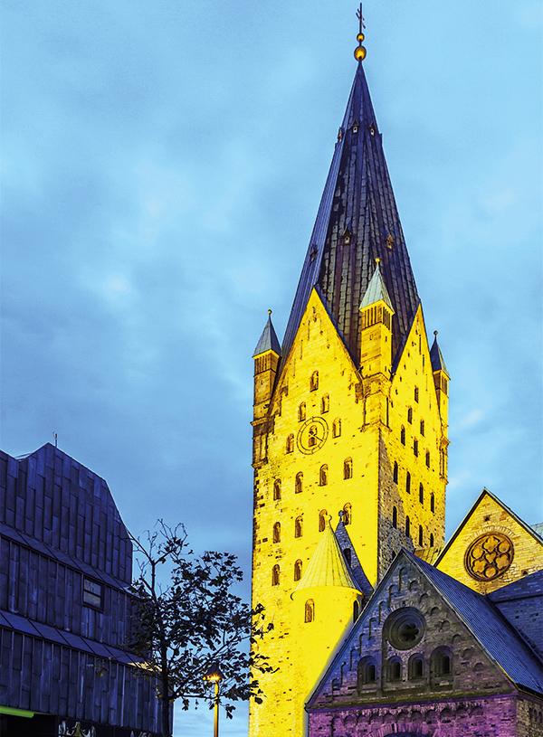 Foto Dom - Erzbistum Paderborn