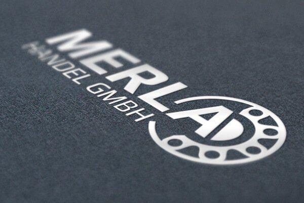 SILBERWEISS Logo Merla GmbH